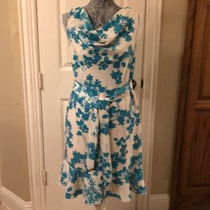 The Llmited dress